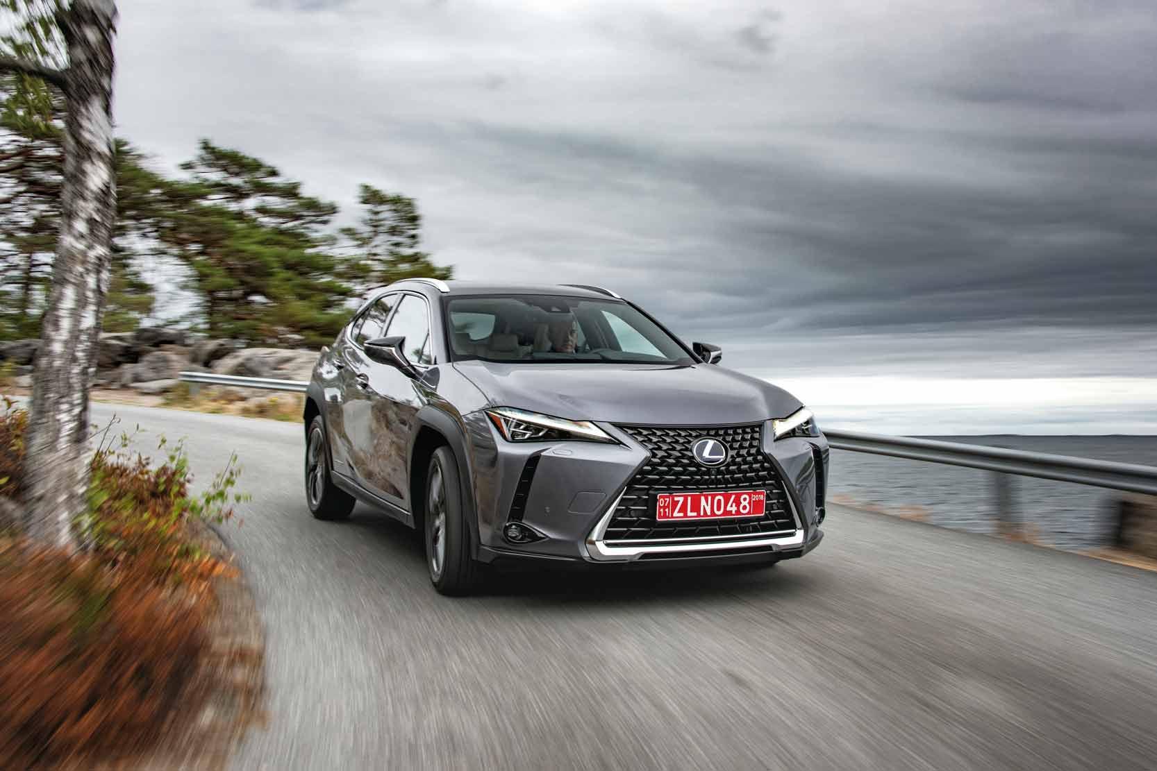 Test LEXUS UX, le nouveau SUV hybride