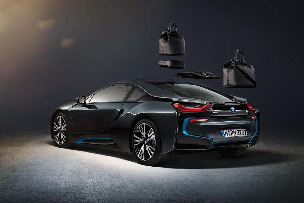 Exterieur_LifeStyle-Bagage-Louis-Vuitton-Bmw-i8_4