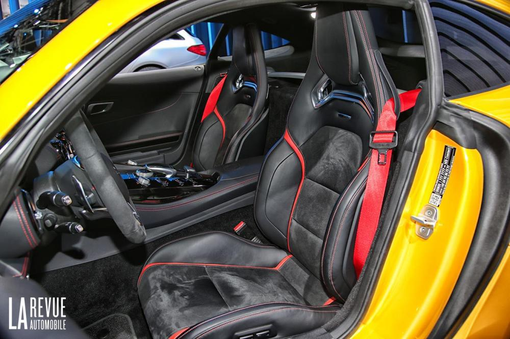 Interieur_Mercedes-AMG-GT-1-Edition_11