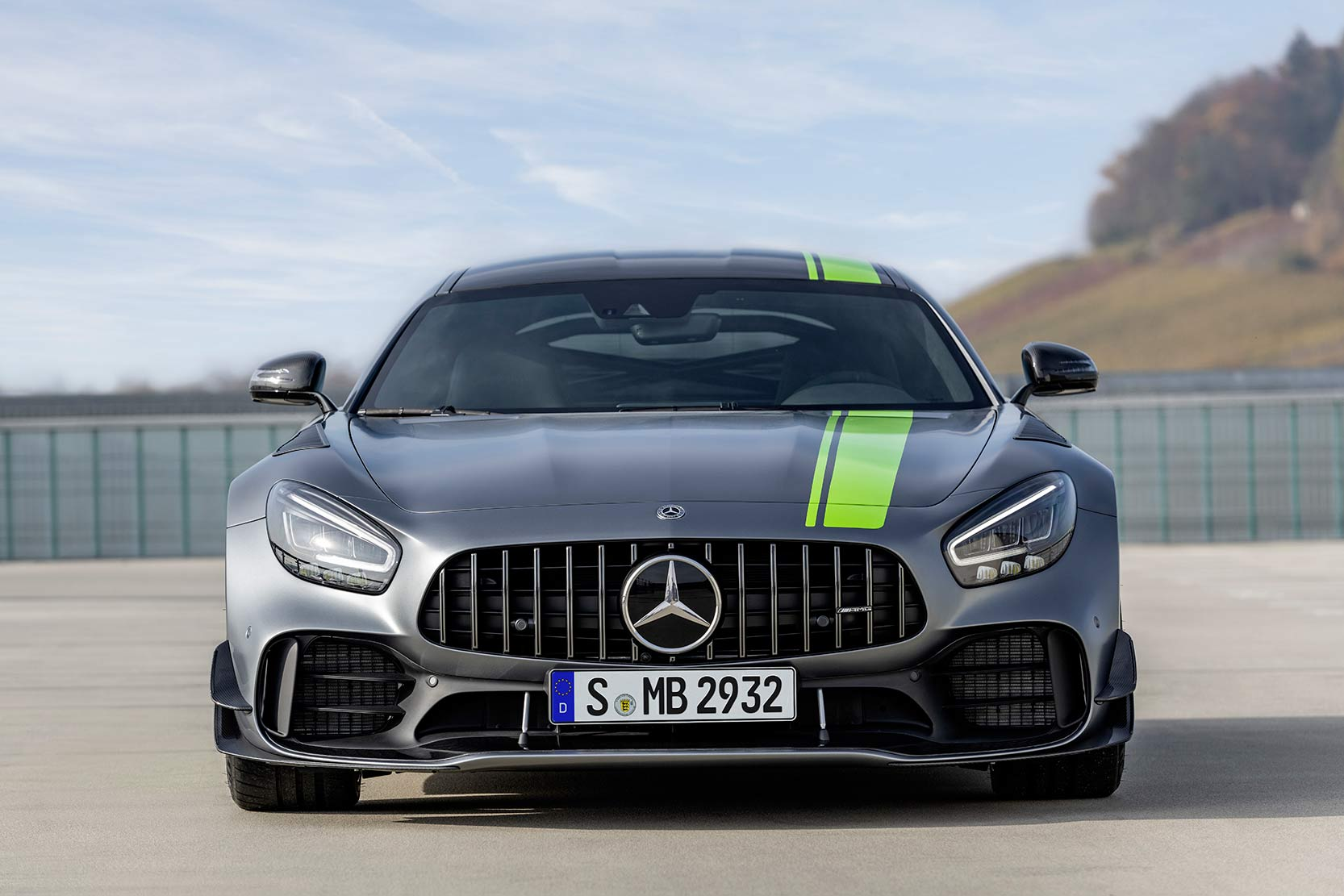 Galerie Mercedes AMG-GT-R-Pro
