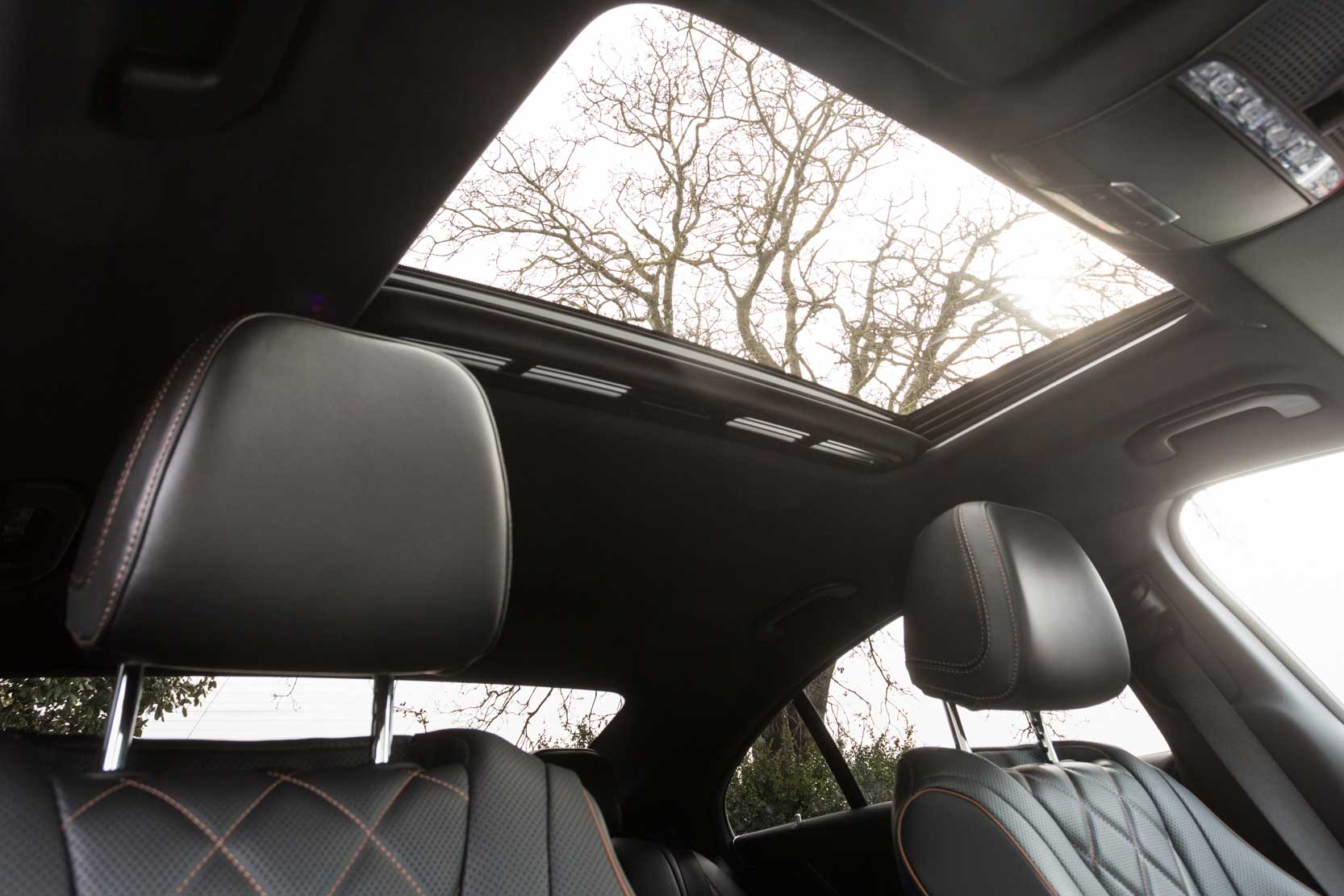 Interieur_Mercedes-CLS-450-4MATIC_22