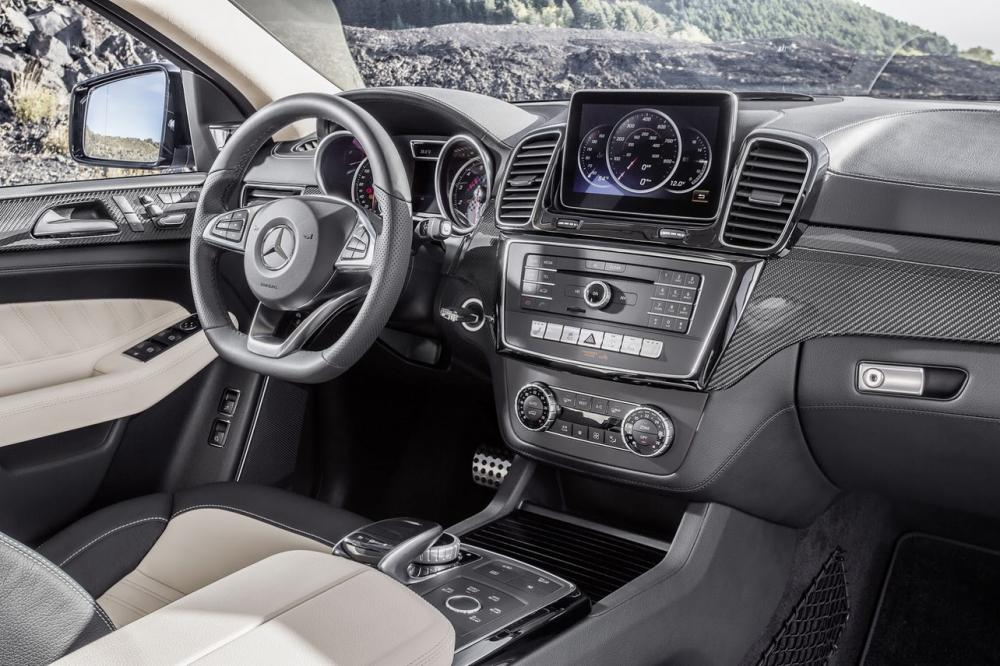 Interieur_Mercedes-GLE-Coupe_18