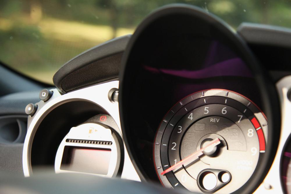 Interieur_Nissan-370Z-Roadster-Pack_25