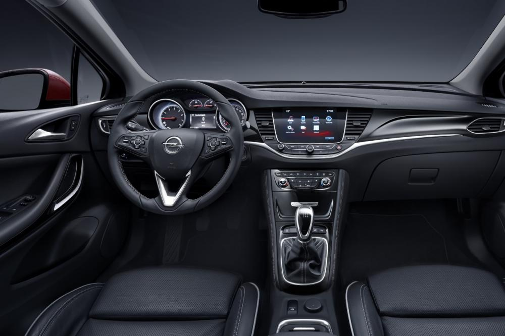 Interieur_Opel-Astra-2015_17