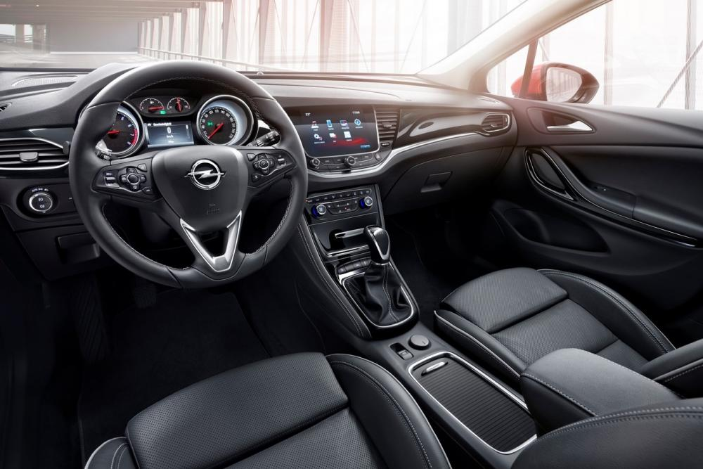 Interieur_Opel-Astra-Turbo-150_16