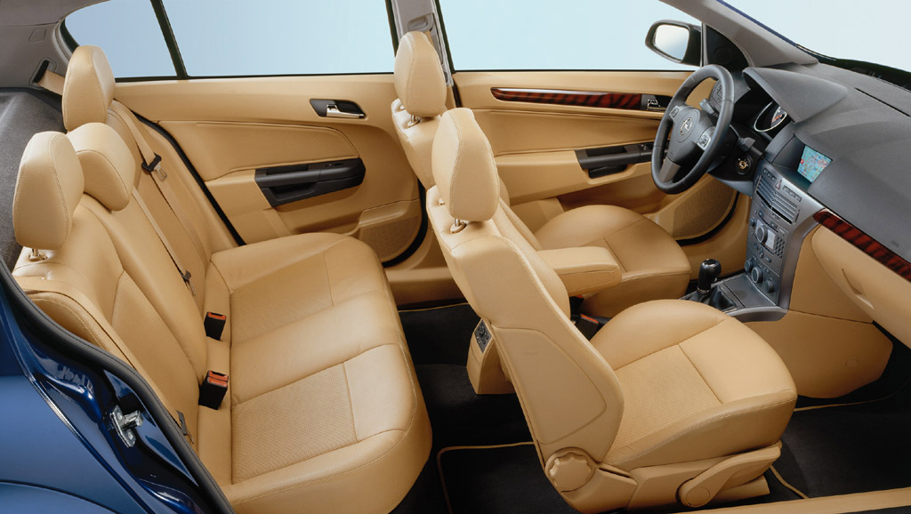 Interieur_Opel-Astra_69