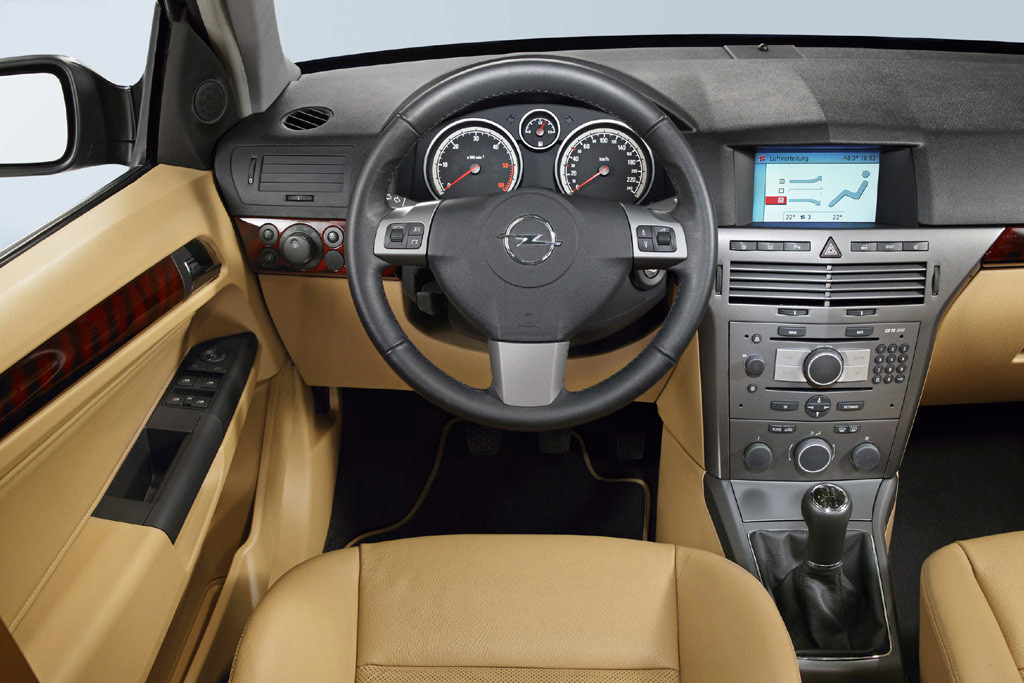 Interieur_Opel-Astra_68