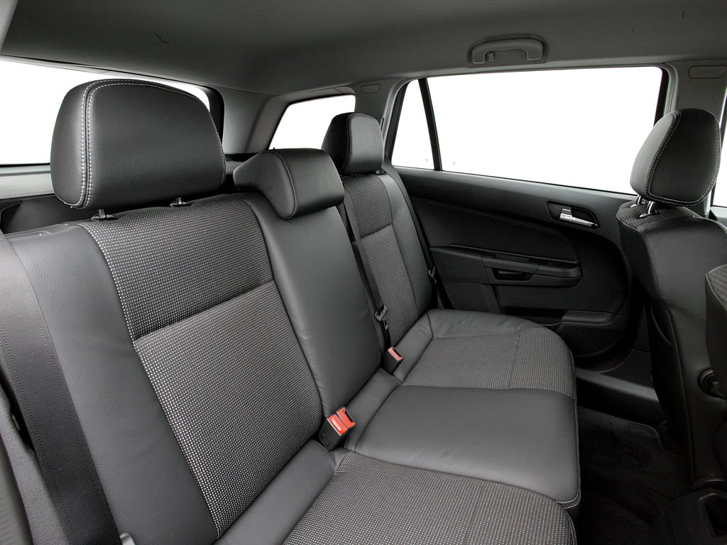 Interieur_Opel-Astra_63