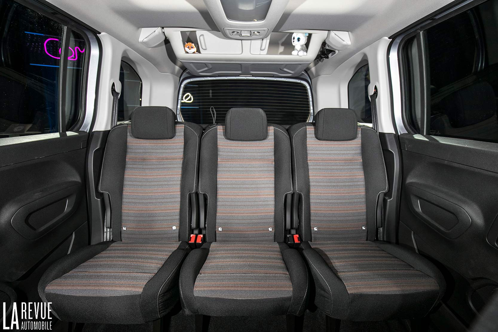 Interieur_Opel-Combo-Life-2018_16