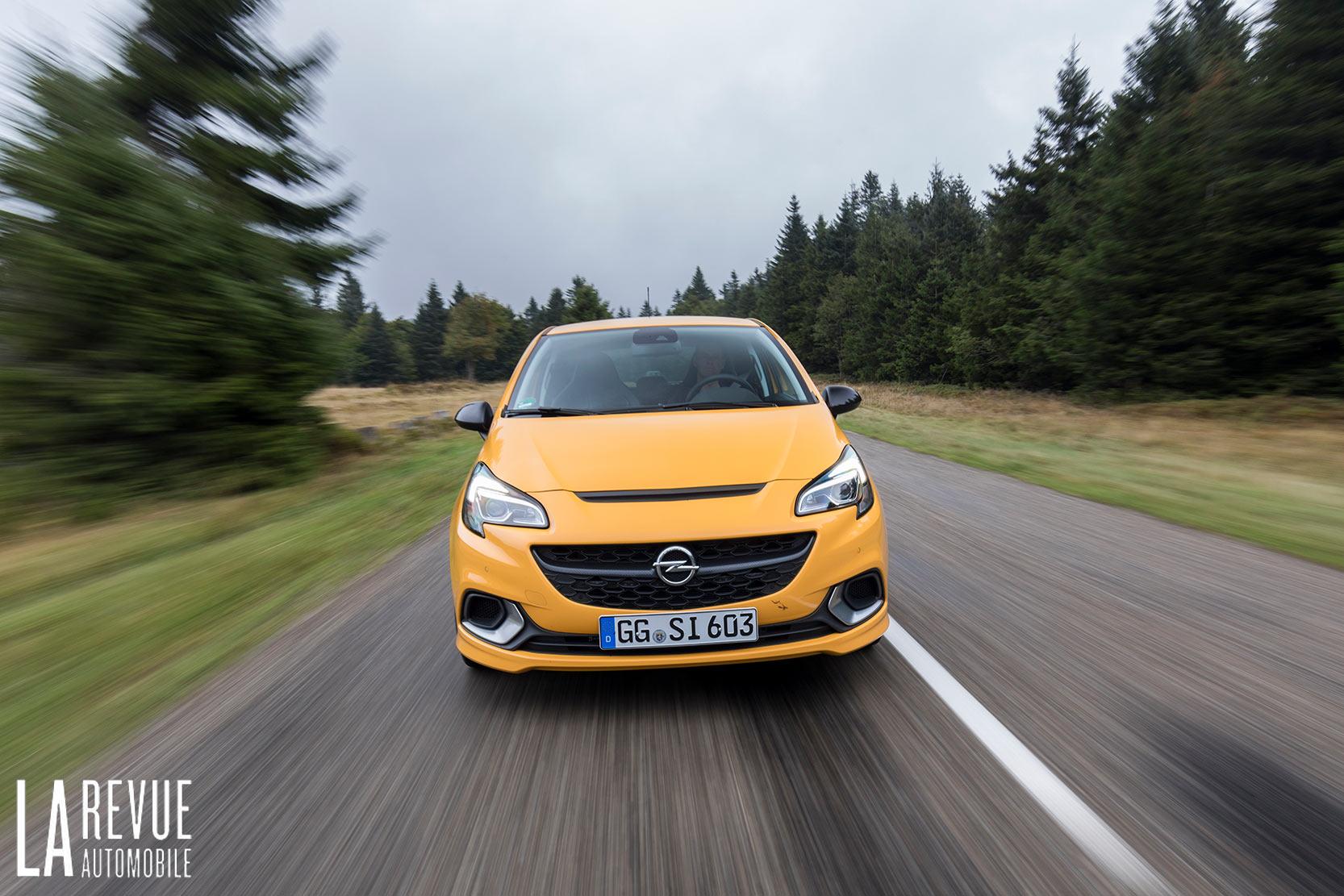 L'Essai de l'Opel Corsa GSi jaune et ses 150 chevaux