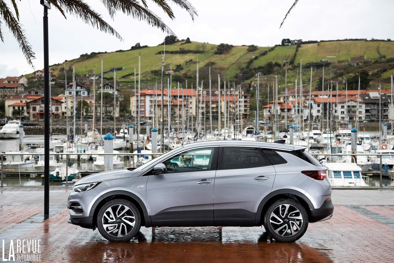 Exterieur_Opel-Grandland-X-ULTIMATE-177ch-AT8_16