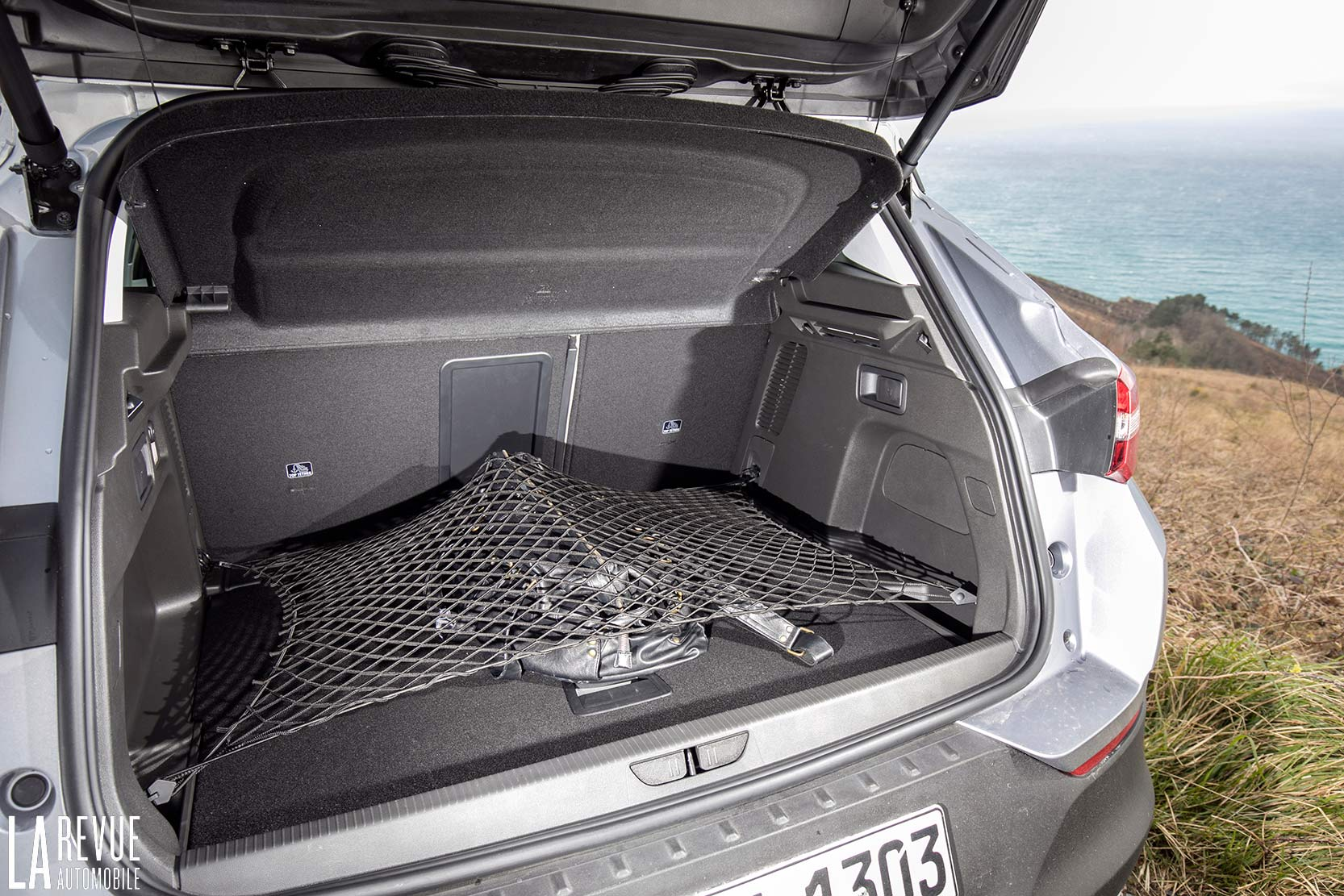 Interieur_Opel-Grandland-X-ULTIMATE-177ch-AT8_23