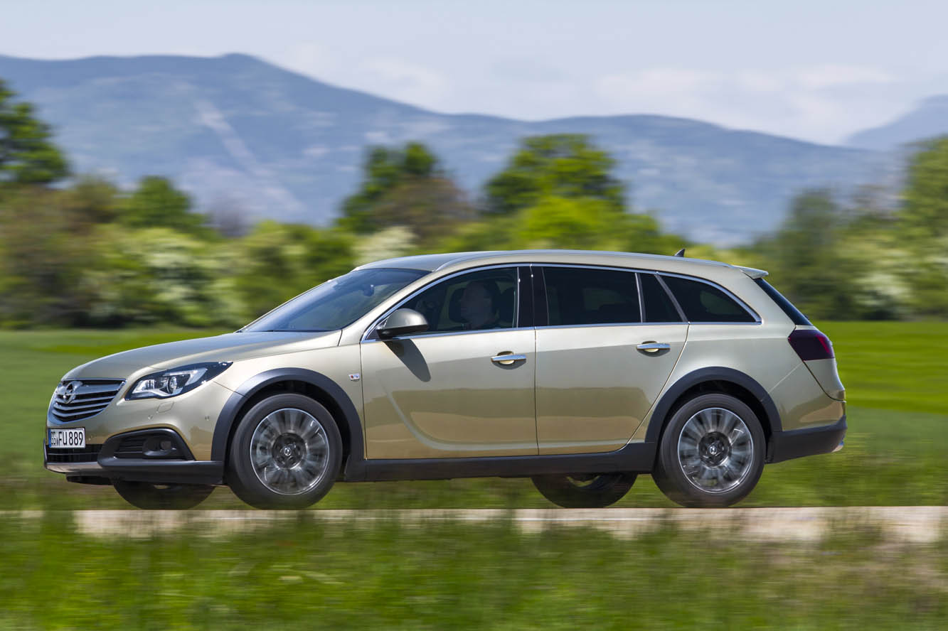 Exterieur_Opel-Insignia-Country-Tourer_3