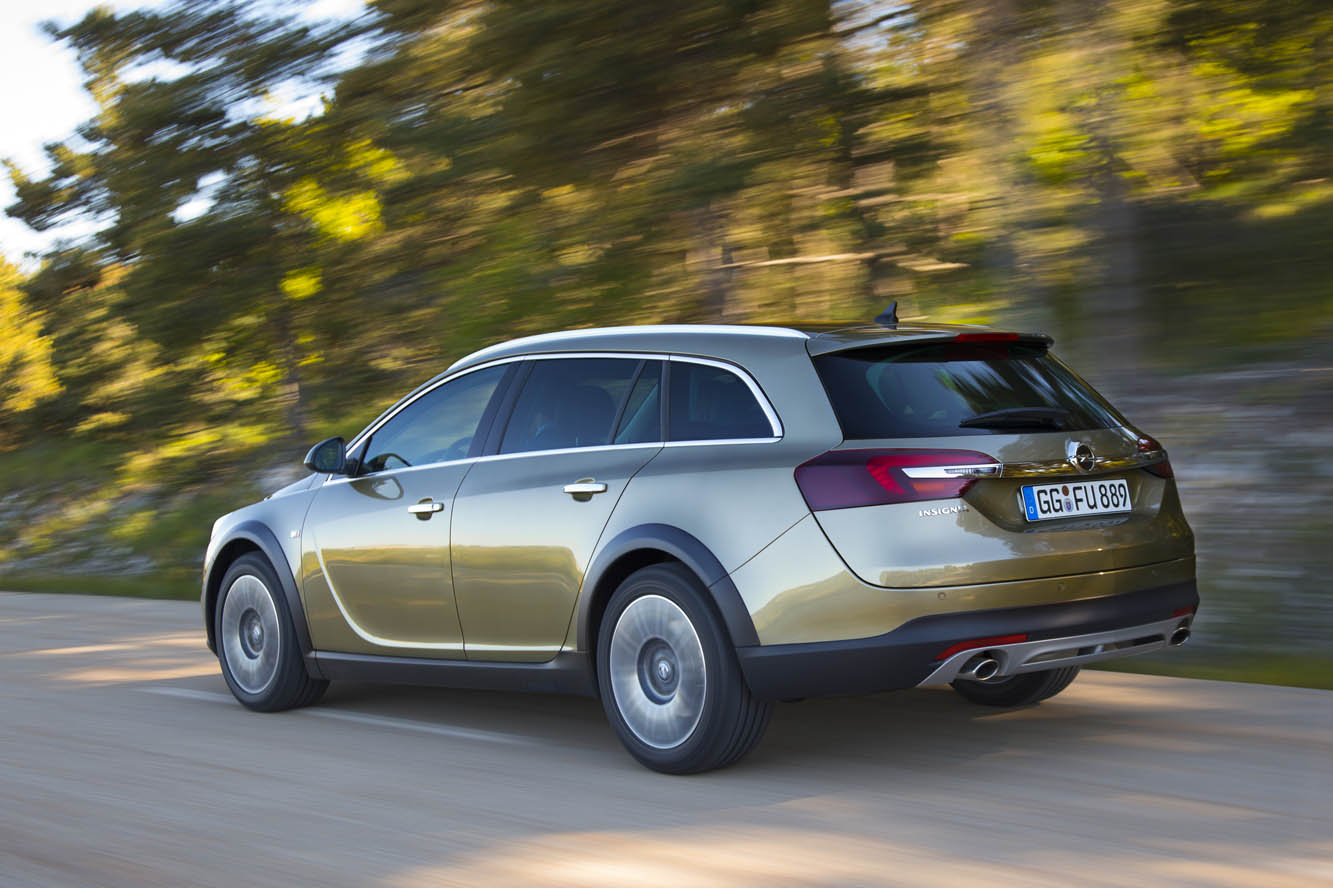Exterieur_Opel-Insignia-Country-Tourer_1