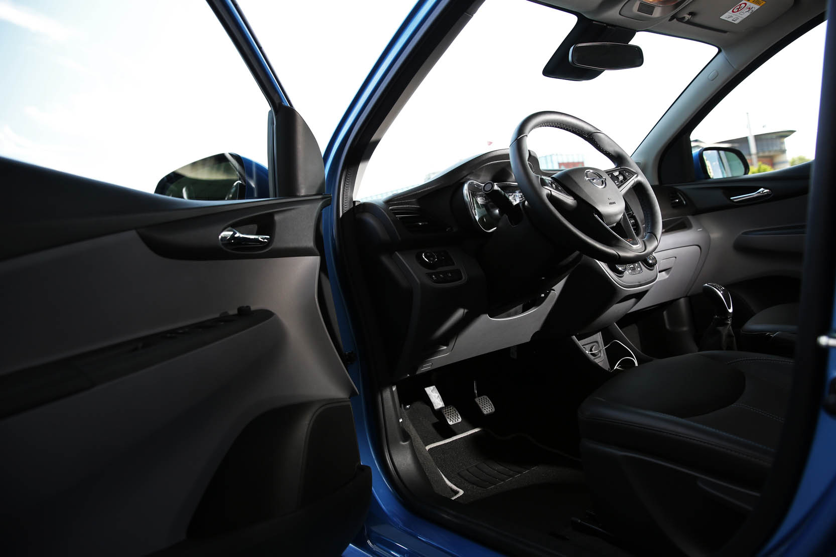 Interieur_Opel-Karl-1.0-Cosmo-Pack_36