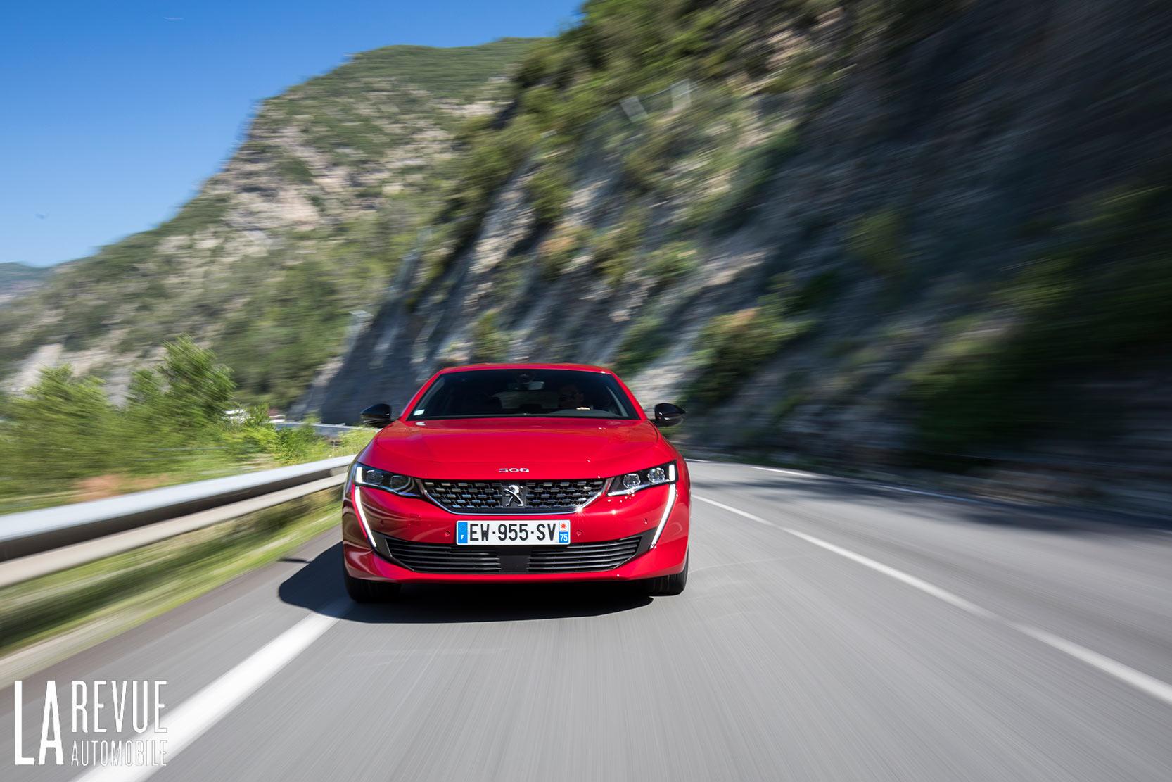La nouvelle Peugeot 508 et sa version GT propulsé par un moteur de 225 chevaux