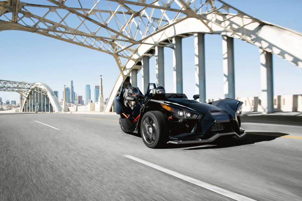 Interieur_Polaris-Slingshot_18