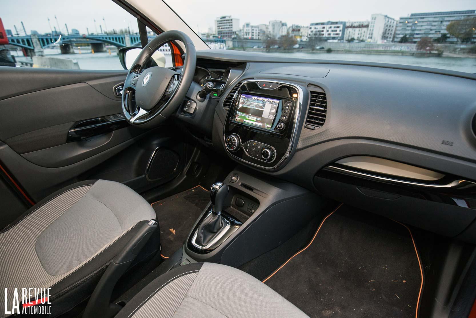 Renault essai renault captur dci 90 eco2 - Interieur renault captur ...