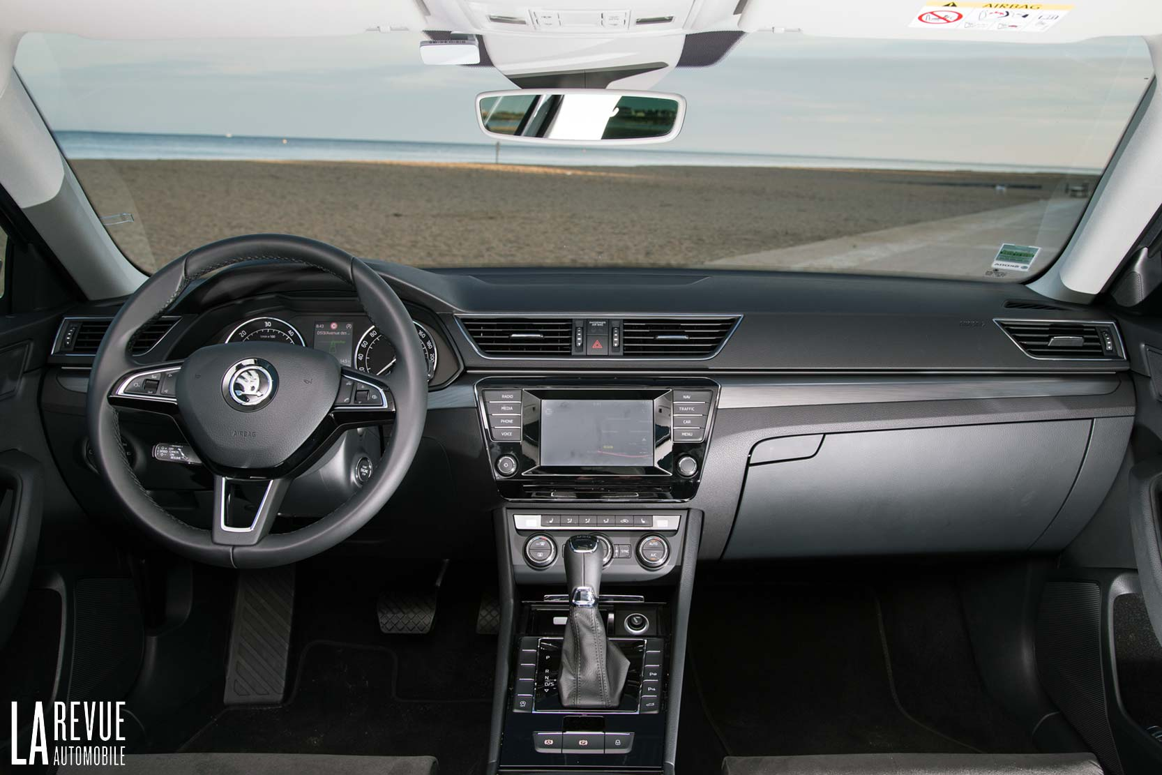 Interieur_Skoda-Superb-Combi-TDI_17