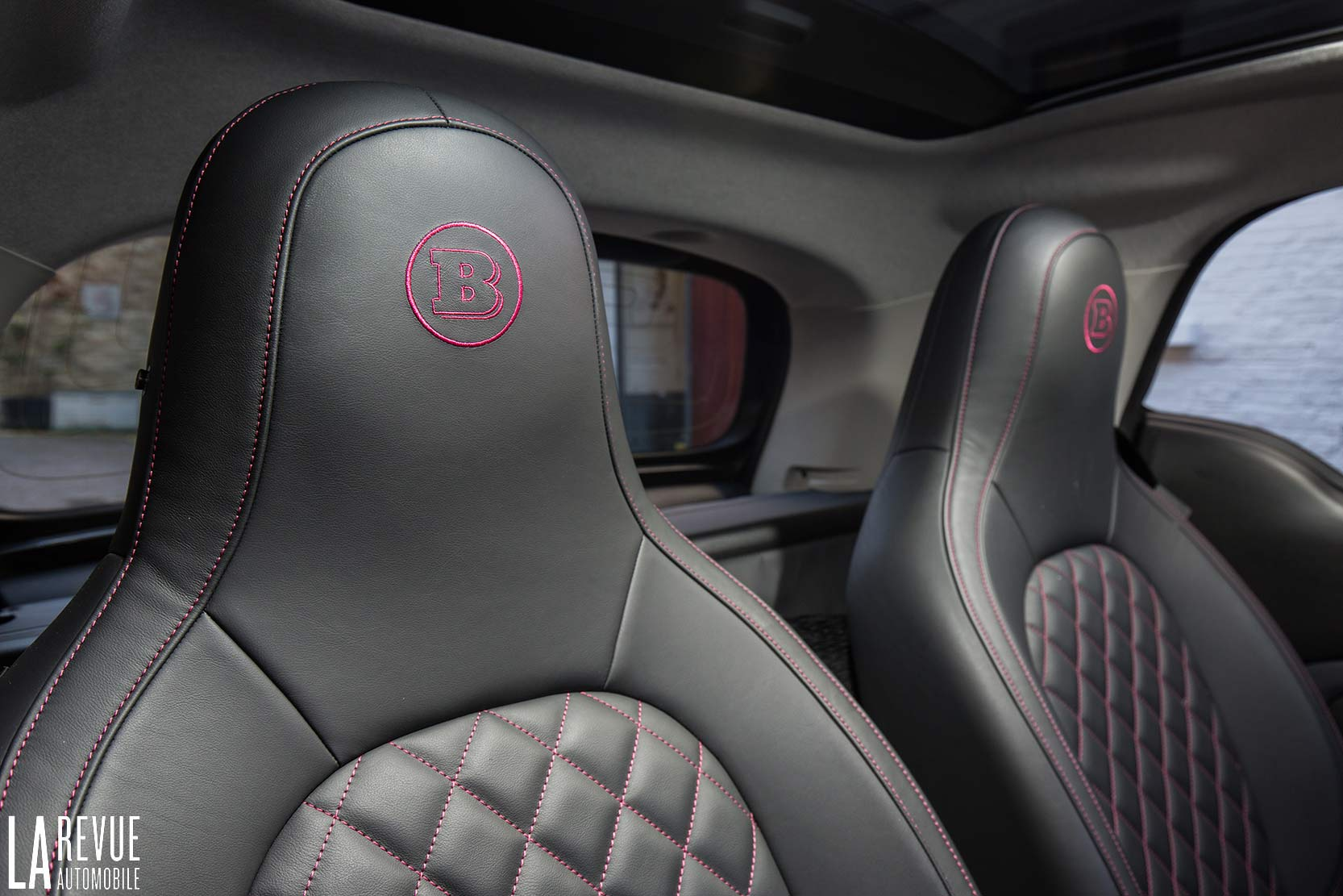 Interieur_Smart-Brabus-Tailor-Made_34
