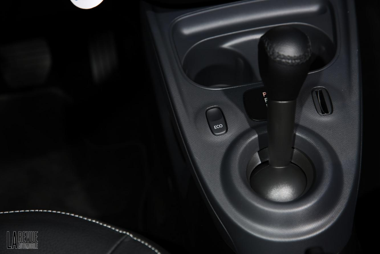 Interieur_Smart-ForTwo-Electric-Drive-2017_37