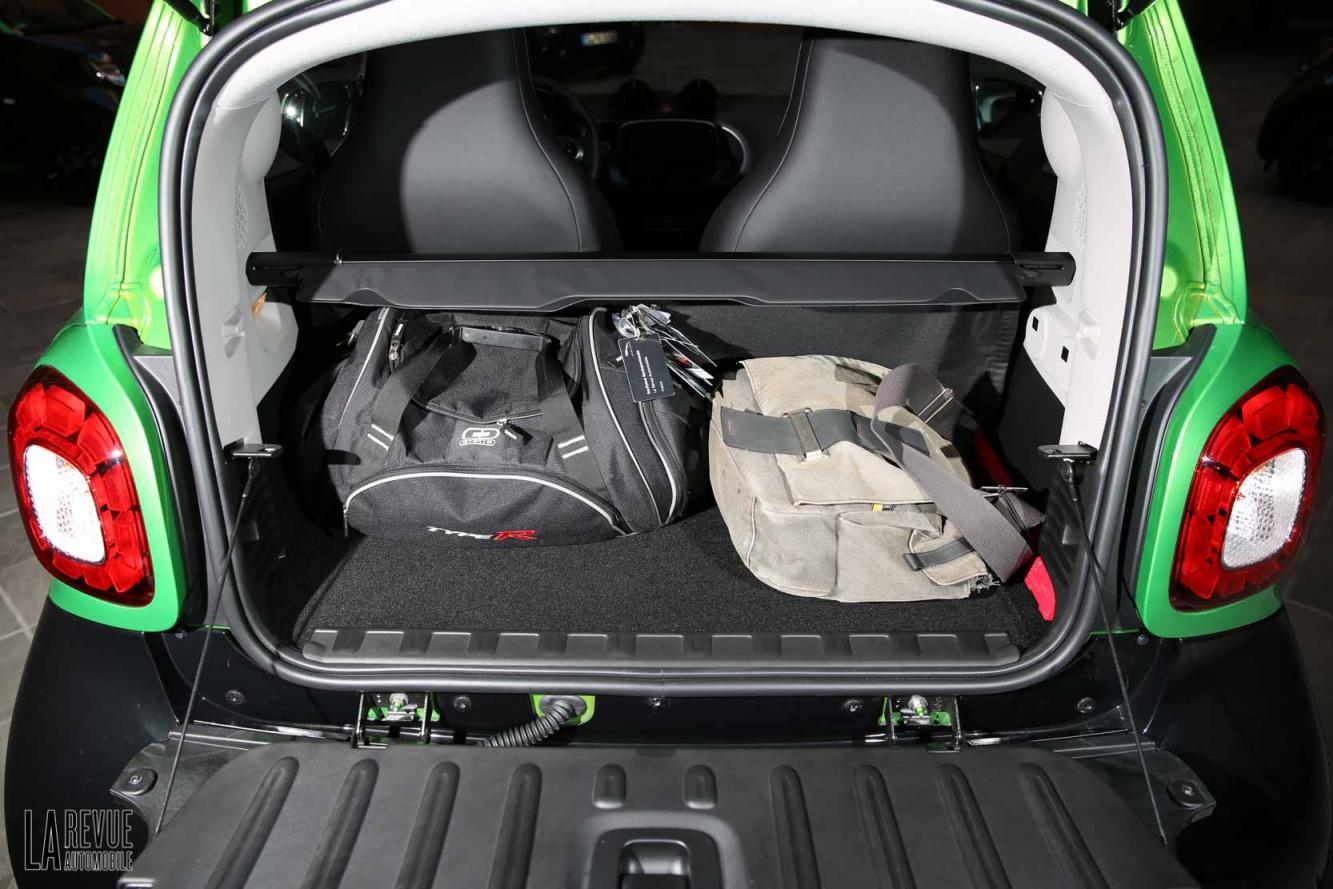 Interieur_Smart-ForTwo-Electric-Drive-2017_30