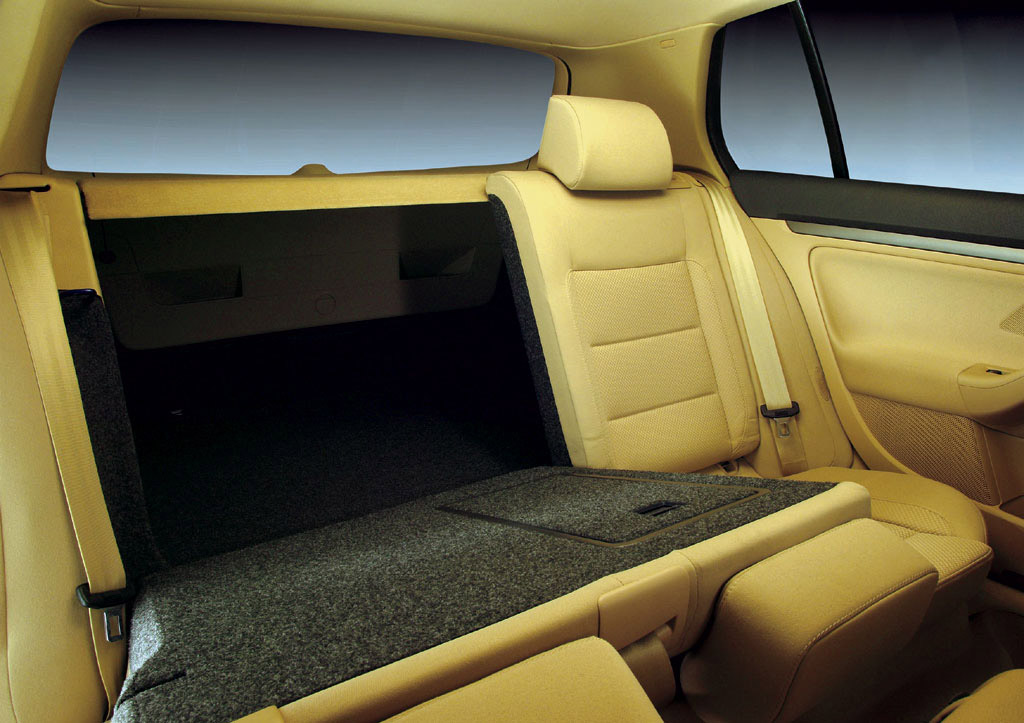Interieur_Volkswagen-Golf_41