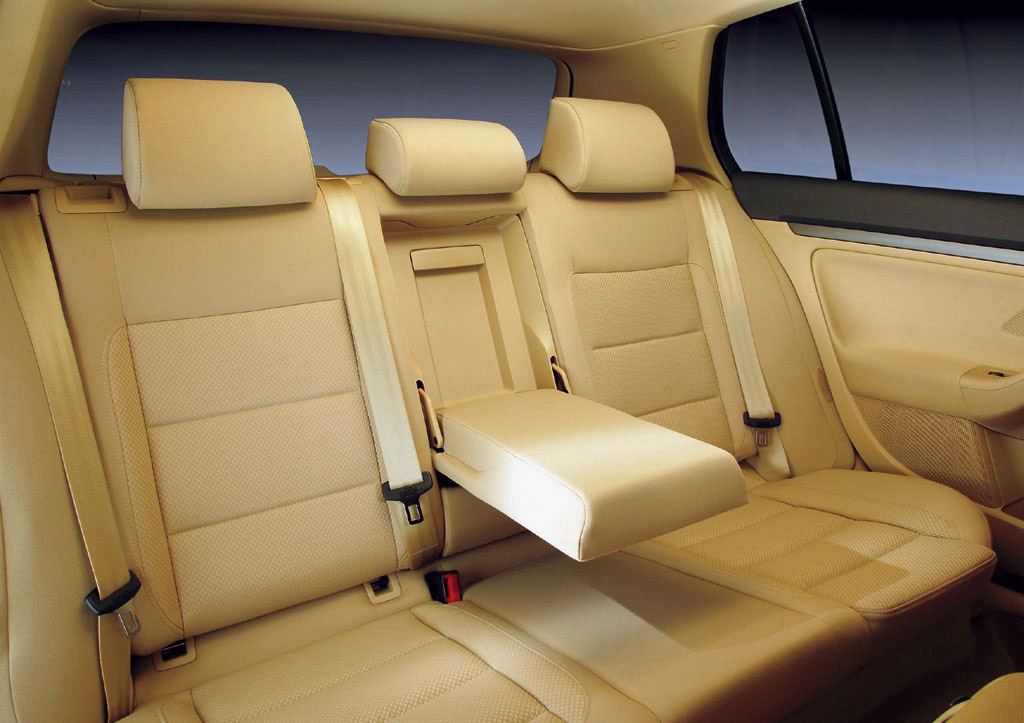 Interieur_Volkswagen-Golf_51