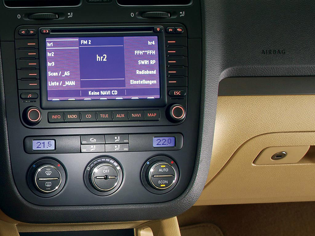 Interieur_Volkswagen-Golf_47