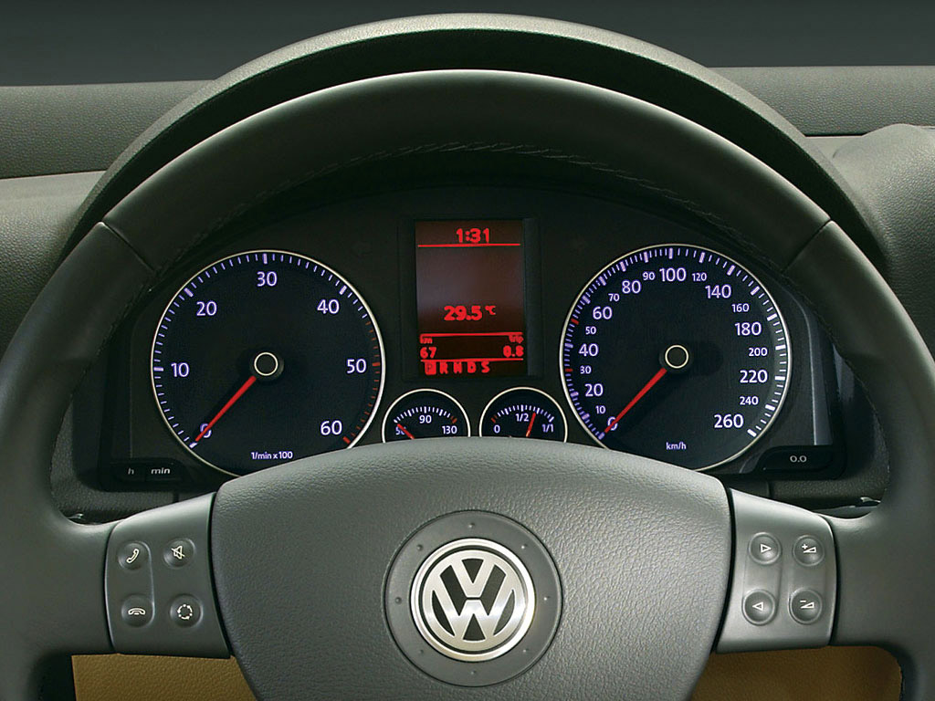 Interieur_Volkswagen-Golf_35