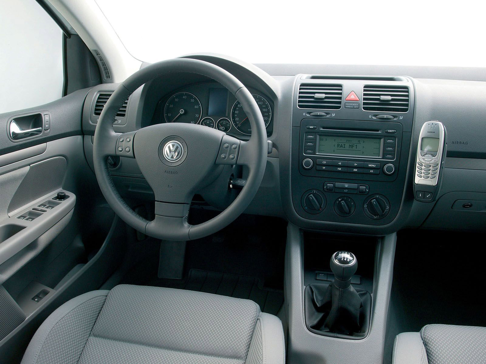 Interieur_Volkswagen-Golf_59
