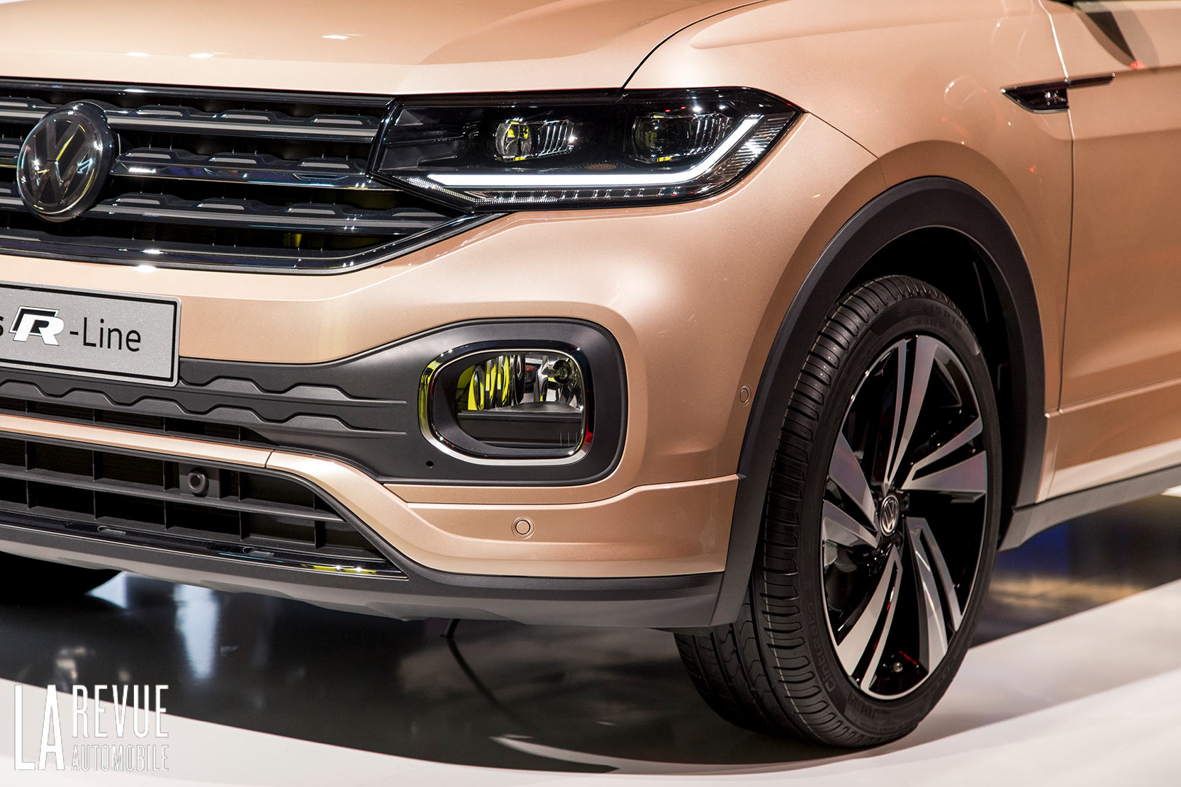 Exterieur_Volkswagen-T-Cross-Reveal_12