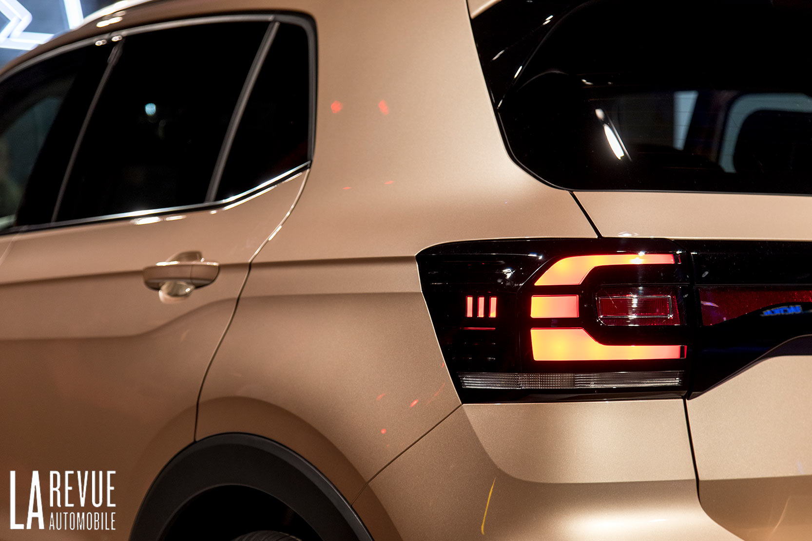 Exterieur_Volkswagen-T-Cross-Reveal_17