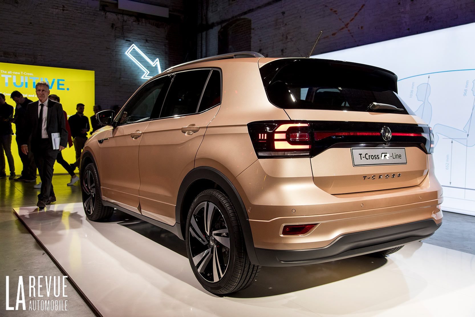 Exterieur_Volkswagen-T-Cross-Reveal_7