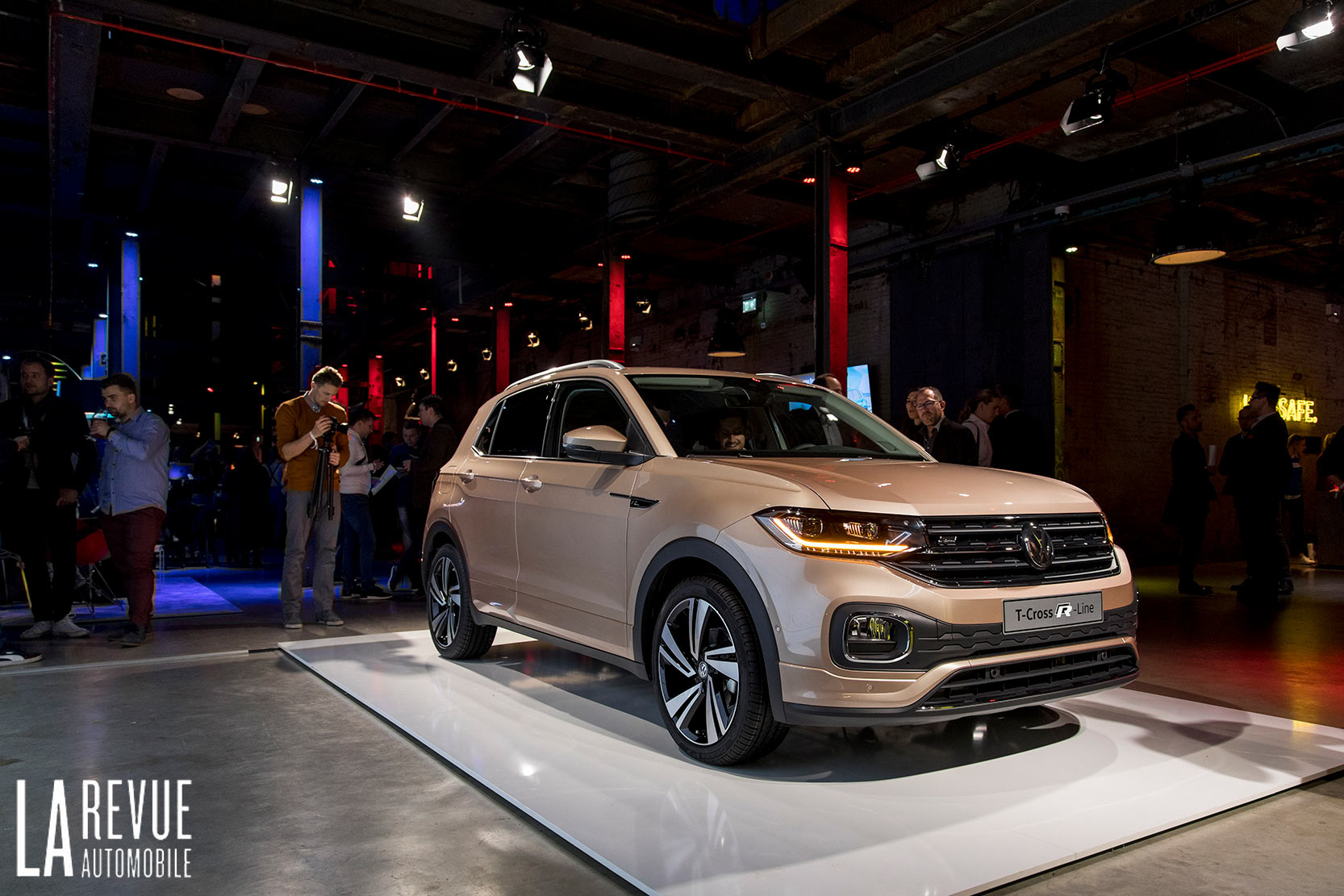 Exterieur_Volkswagen-T-Cross-Reveal_18