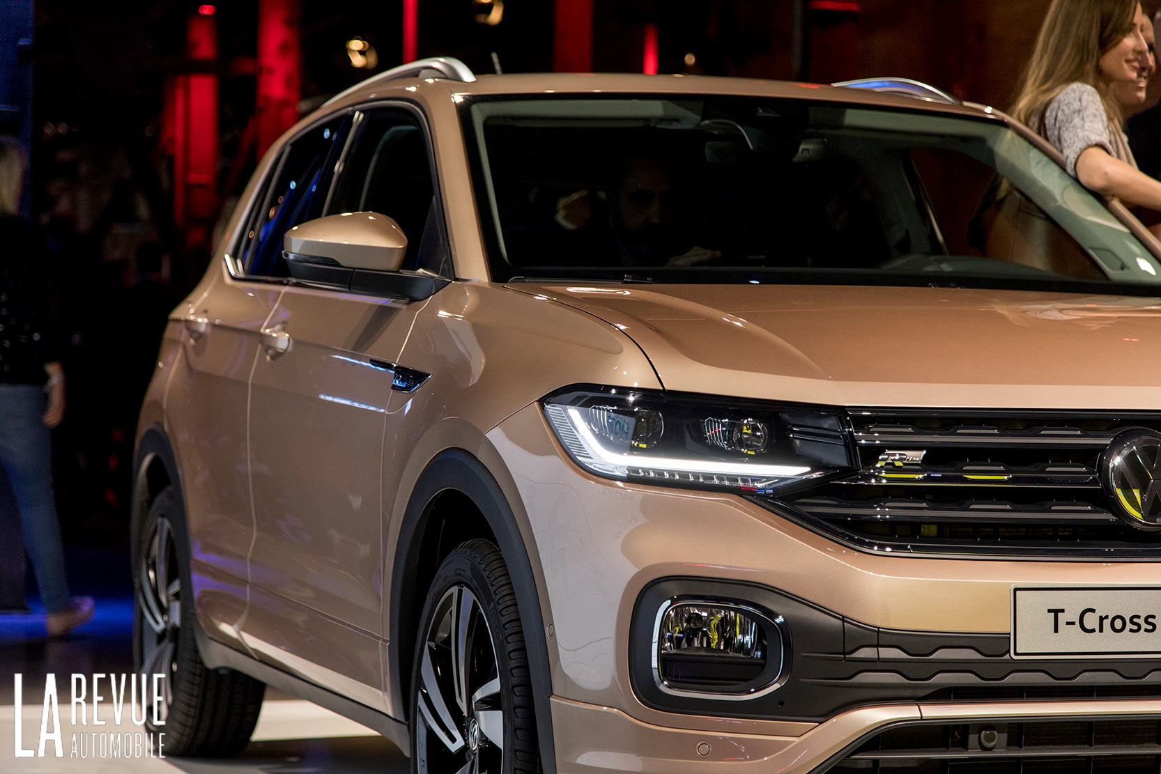 Exterieur_Volkswagen-T-Cross-Reveal_1