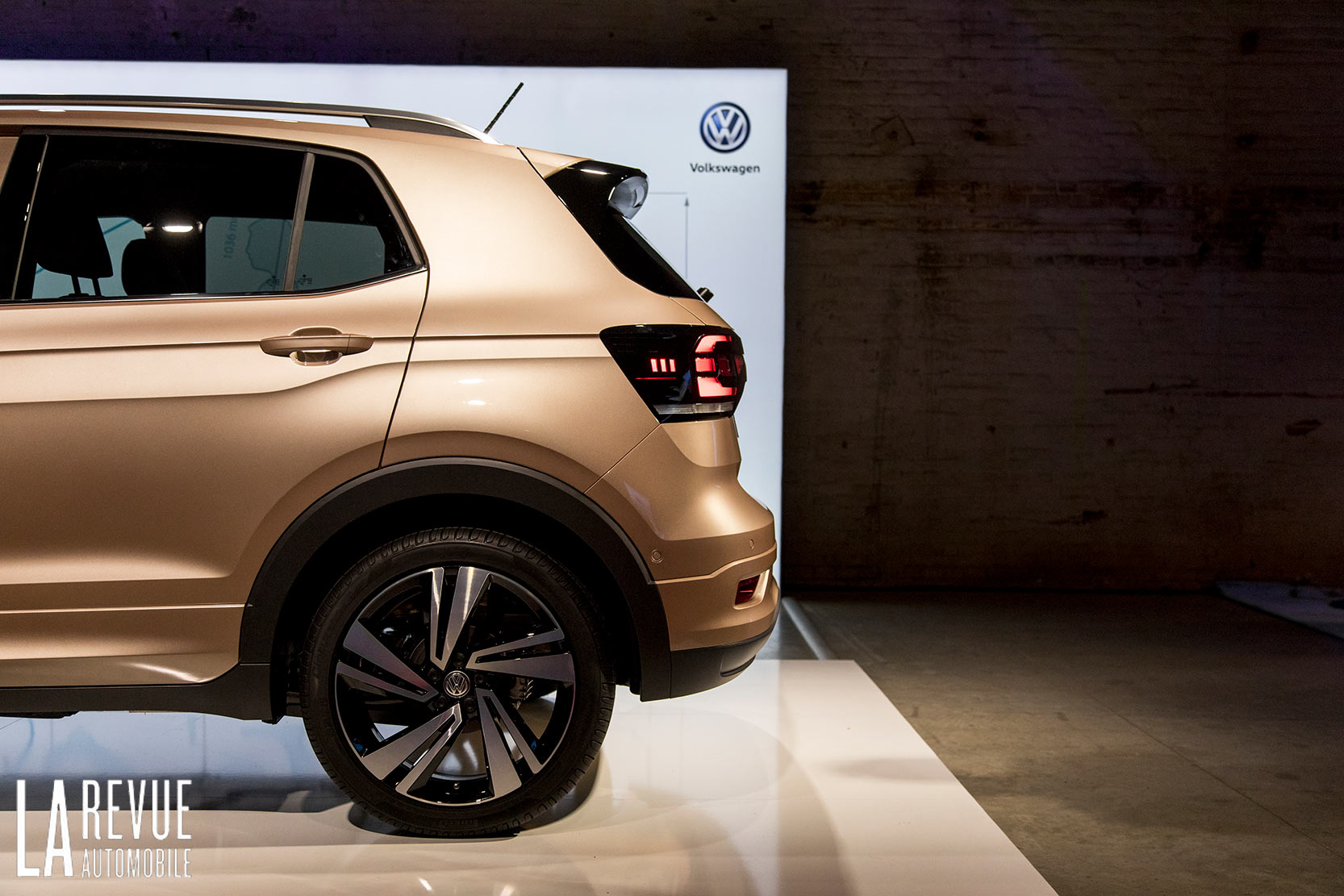Exterieur_Volkswagen-T-Cross-Reveal_10