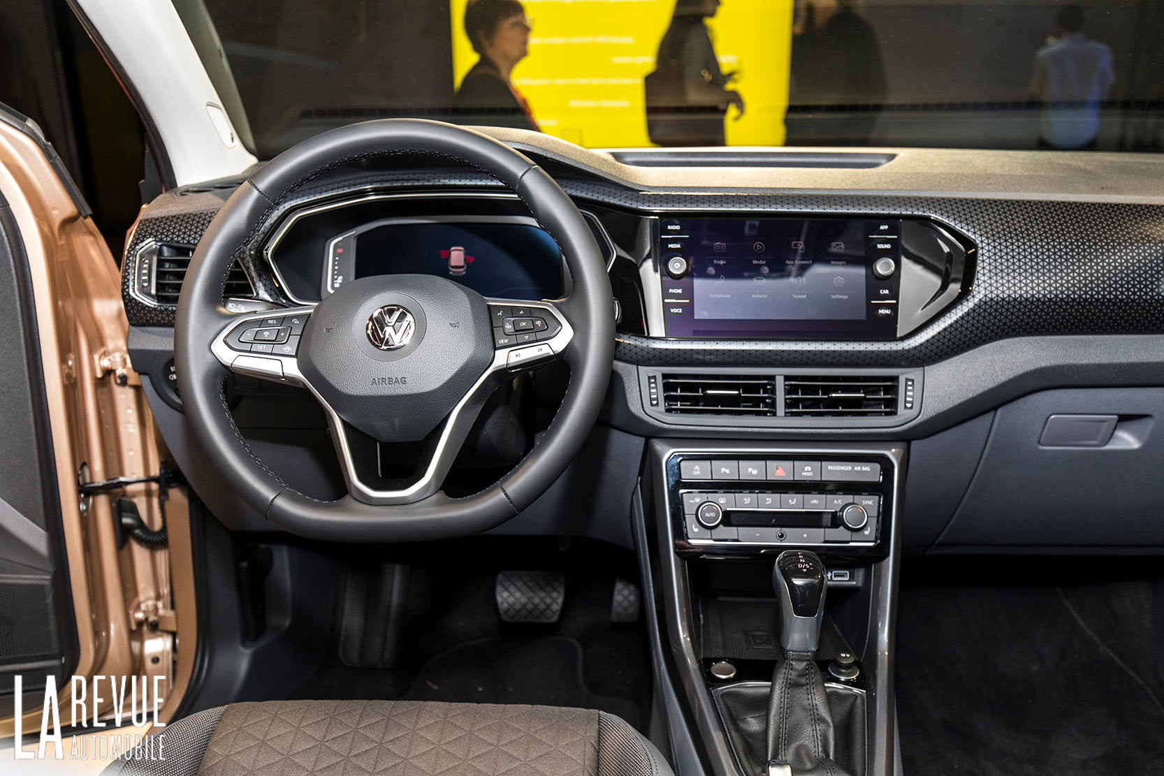 Interieur_Volkswagen-T-Cross-Reveal_31