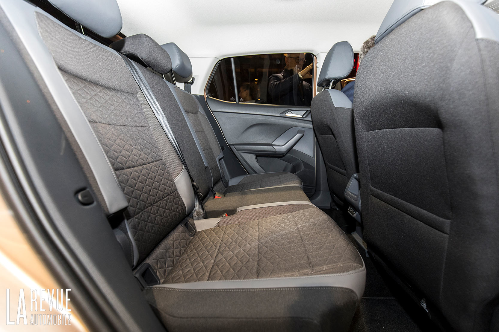 Interieur_Volkswagen-T-Cross-Reveal_20