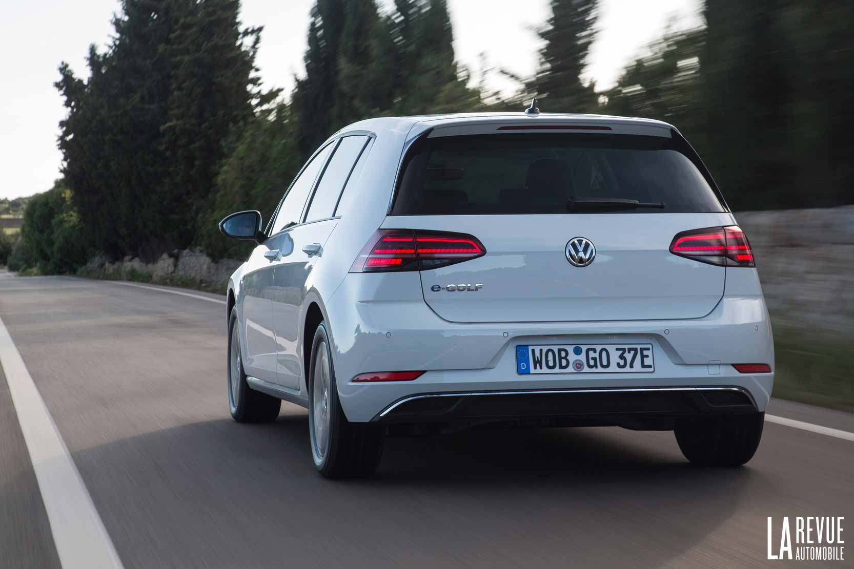 volkswagen golf essai volkswagen e golf le couple sans le bruit gr ce l 39 lectricit. Black Bedroom Furniture Sets. Home Design Ideas
