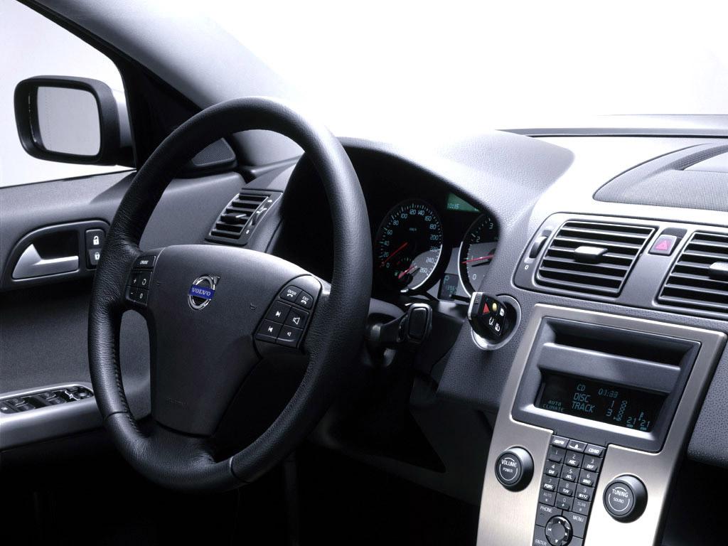 Goede Photo Volvo S40 Interieur / Exterieur année: 2007 QK-37