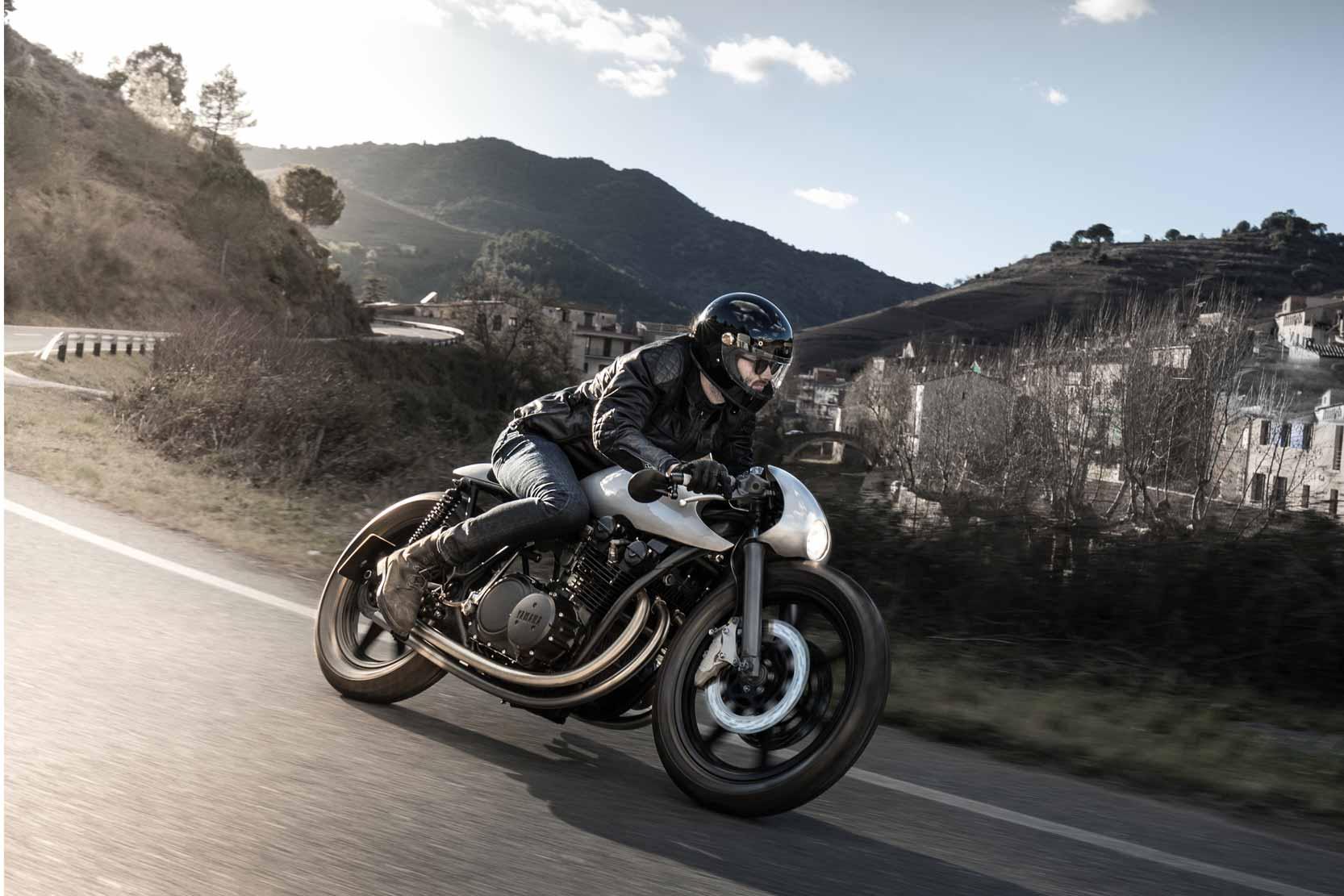 Avec une base de Yamaha XSR900, Auto Fabrica nous fait rêver avec cette Type 11
