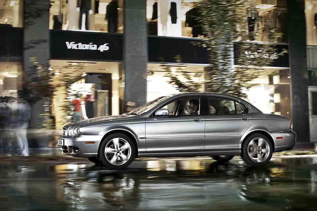 Fiche technique Jaguar X Type 30 V6 2009