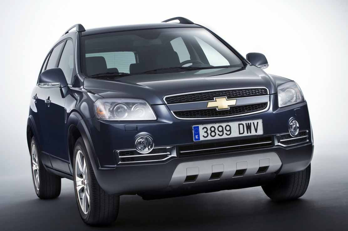 fiche technique chevrolet captiva 2 0 vcdi 127 2010. Black Bedroom Furniture Sets. Home Design Ideas