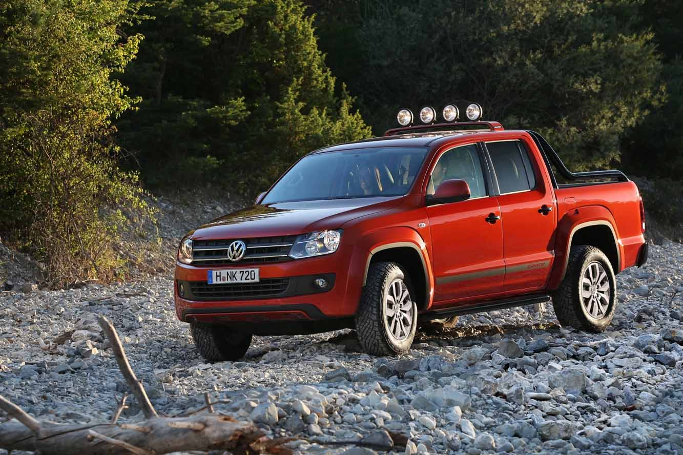 fiche technique volkswagen amarok bitdi 180 4motion 2015. Black Bedroom Furniture Sets. Home Design Ideas