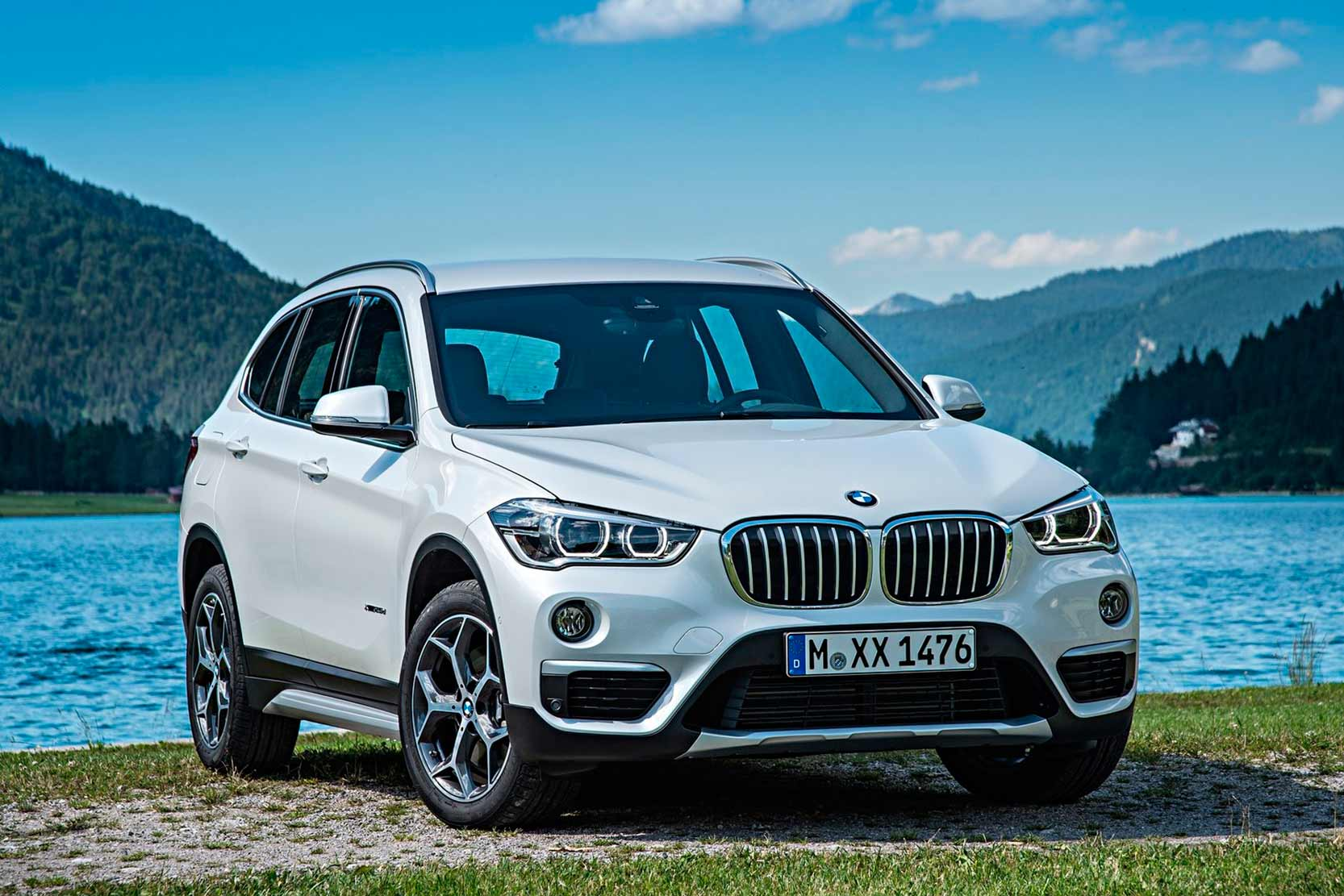 fiche technique bmw x1 xdrive20d 2017. Black Bedroom Furniture Sets. Home Design Ideas