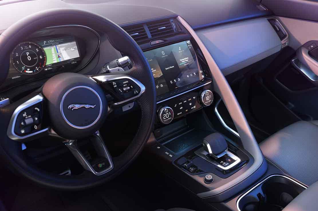 Fiche technique Jaguar E Pace P300 Sport 2021